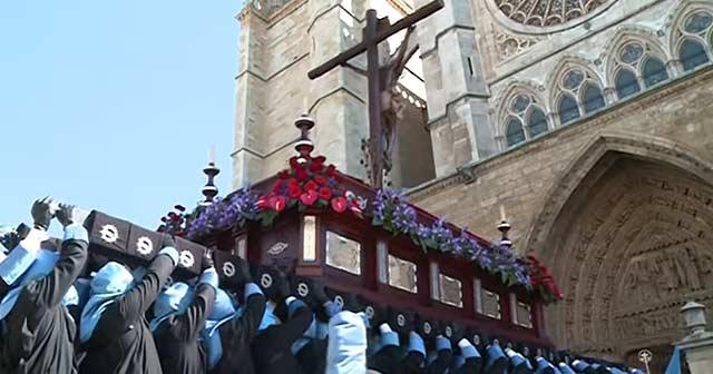 Procesiones de Semana Santa en León (Catedral)
