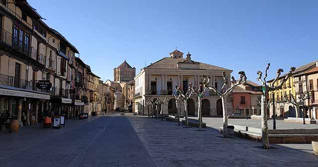 Plaza Mayor de Toro (Pueblos cerca de Zamora)